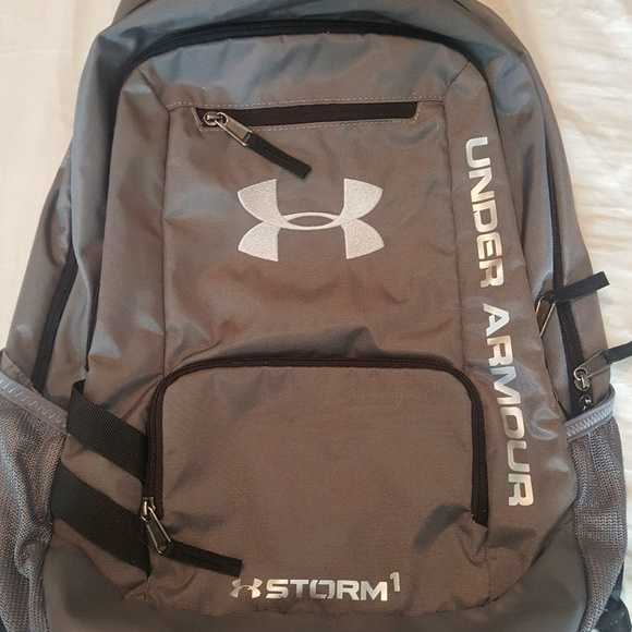 Under Armour Bags   Under Armor Gray Back Pack   Poshmark 4f80adc042